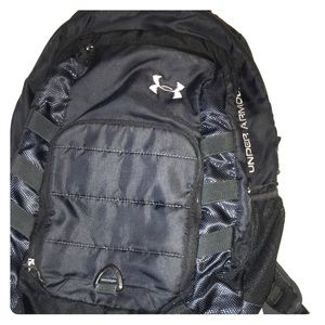 Under Armour Backpack 🎒